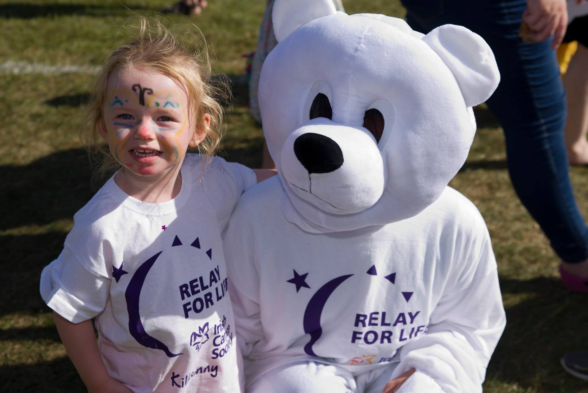Child with bear at Relay For Life Kilkenny