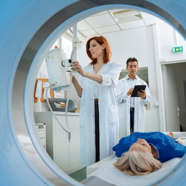 Woman in radiotherapy